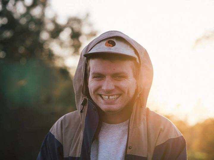 Medium macdemarco