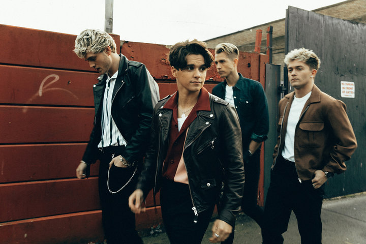 Medium 2019  the vamps pressshot caa