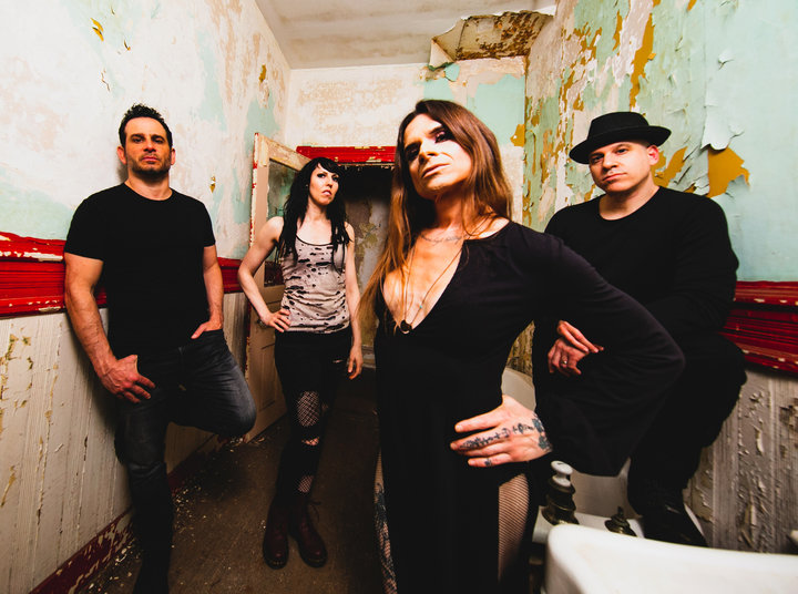 Medium life of agony bandfoto 2019 1